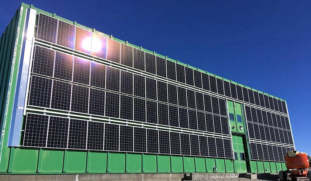 Grösste Solarfarm in der Antarktis erhellt australische Station