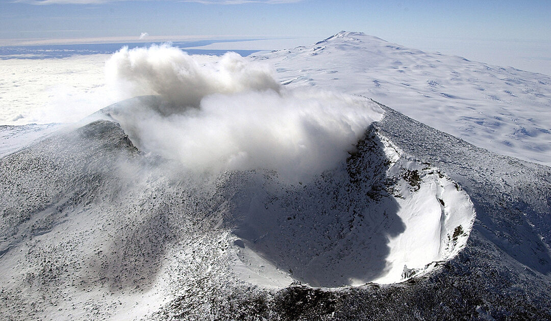 Mount Erebus – aktiver Vulkan in der Antarktis