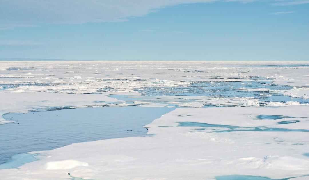 Rettungsaktion von 16 Passagieren im Svalbardarchipel