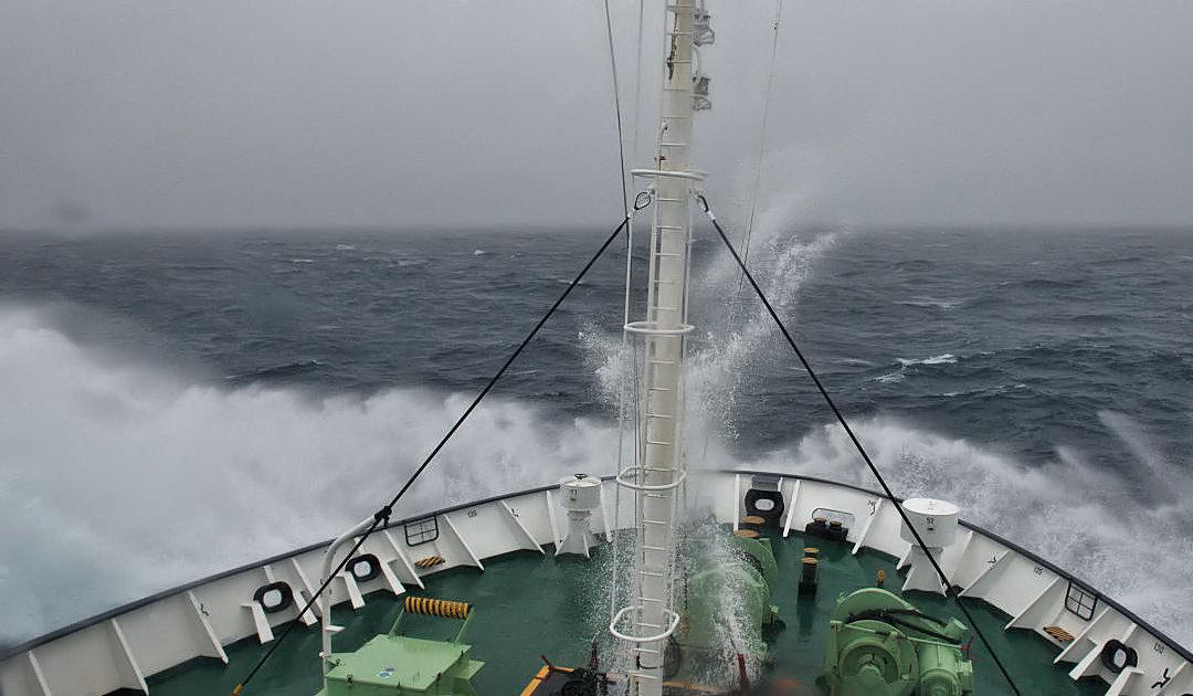 Stürmische Woche für Polarreisen-Industrie