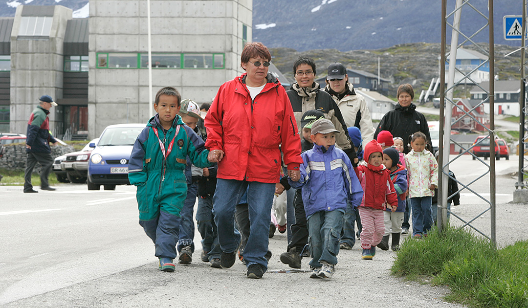 Denmark helps Greenland solving social problems