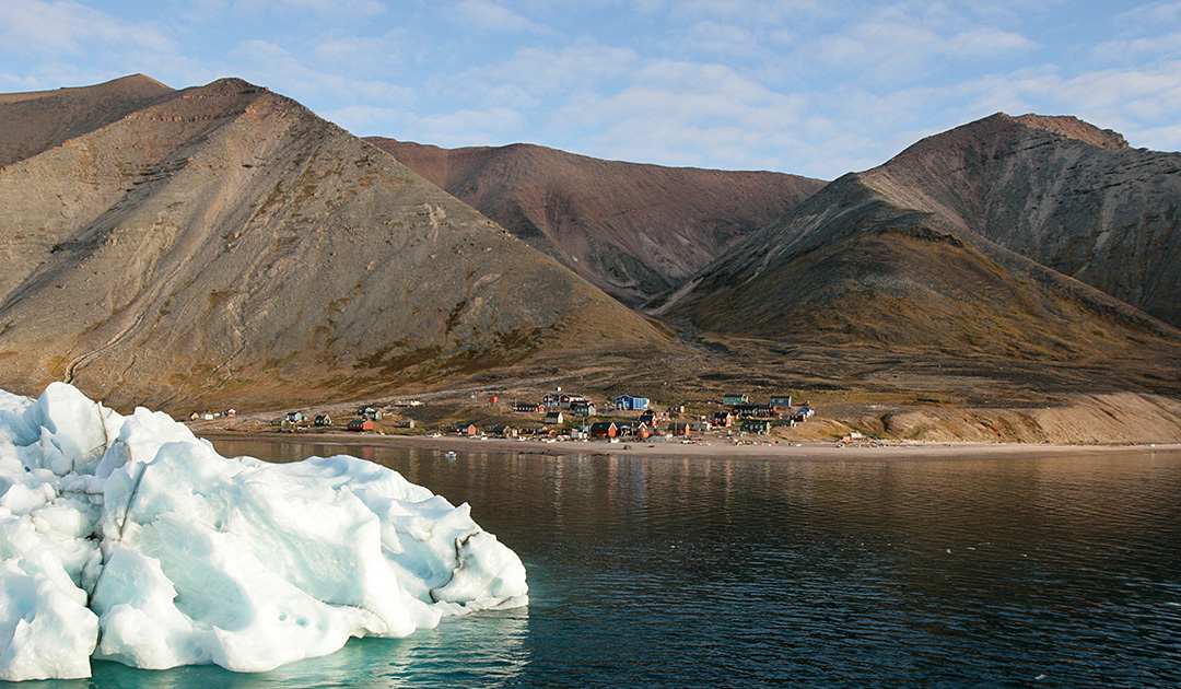 Will small Greenland settlements soon be abandoned?