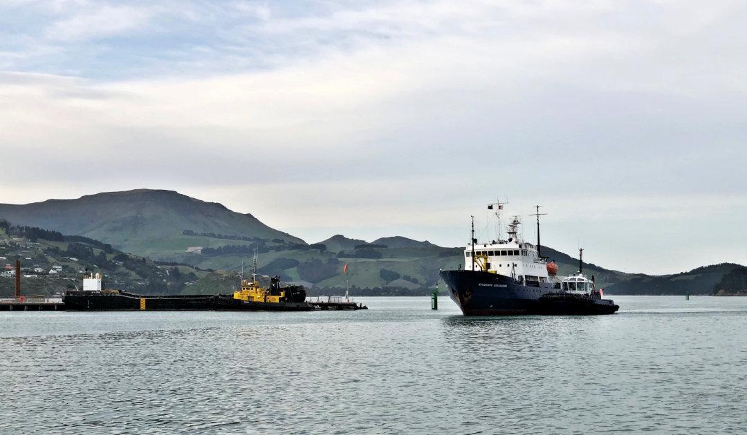 Heritage Expeditionsschiff für Antarktis erreicht NZ