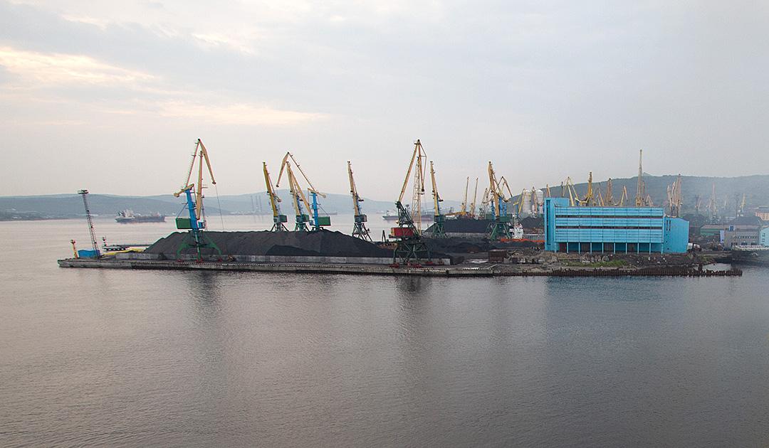 In der Kola Bay entsteht ein neues Kohleterminal