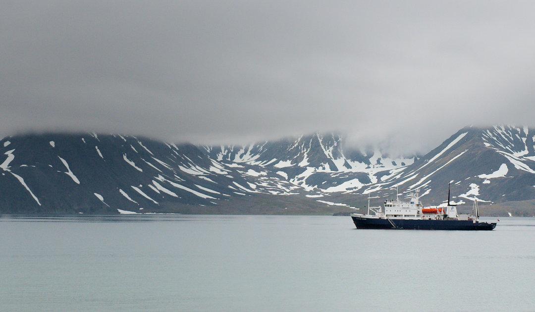Kleine Schiffe = grosse Schiffe in der Arktis