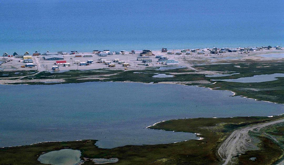 Polar bear attack in Nunavut