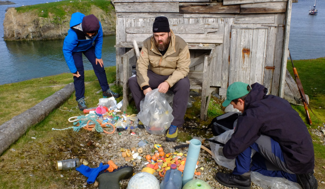 Plastic expedition to Bear Island